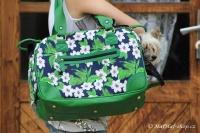FOTO – Luxusní prostorná kabelka/taška na psy z kolekce Urban Pup, řada ORCHID. Doporučená maximální váha psa 8 kg (3).