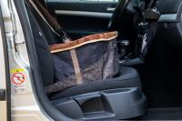Autosedačka pro psy do auta CAMON WALKY pro pohodlné cestování a ochranu autosedadel před psími chlupy, nečistotami a poškozením. (FOTO 5)