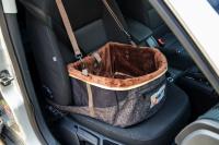 Autosedačka pro psy do auta CAMON WALKY pro pohodlné cestování a ochranu autosedadel před psími chlupy, nečistotami a poškozením. (FOTO 7)