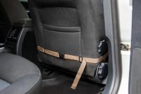 Autosedačka pro psy do auta CAMON WALKY pro pohodlné cestování a ochranu autosedadel před psími chlupy, nečistotami a poškozením. (FOTO 9)