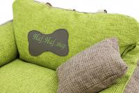 Autosedačka pro středně velké psy – pelíšek pro pohodlné cestování a ochranu autosedadel před psími chlupy, nečistotami a poškozením. Extra jednoduchá instalace, včetně polštářku. Barva: zelená. (12)