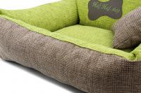 Autosedačka pro středně velké psy – pelíšek pro pohodlné cestování a ochranu autosedadel před psími chlupy, nečistotami a poškozením. Extra jednoduchá instalace, včetně polštářku. Barva: zelená. (14)