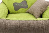 Autosedačka pro středně velké psy – pelíšek pro pohodlné cestování a ochranu autosedadel před psími chlupy, nečistotami a poškozením. Extra jednoduchá instalace, včetně polštářku. Barva: zelená. (15)