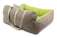 Autosedačka pro středně velké psy – pelíšek pro pohodlné cestování a ochranu autosedadel před psími chlupy, nečistotami a poškozením. Extra jednoduchá instalace, včetně polštářku. Barva: zelená. (7)