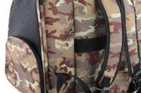 Kombinovaná taška-batoh na psy CAMON s odnímatelnými kolečky a výsuvným madlem. Nosnost 10 kg, lze nosit samostatně, rozměry 43 × 26 × 32 cm. (15)