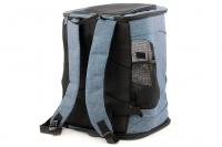 Batoh na psa s nosností 6 kg. Polstrované popruhy i zadní stěna, spodní, přední i horní část batohu na zip, vyjímatelné dno. Barva modro-černá. (6)