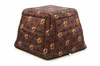 Multifunkční pelíšek pro psy sloužící jako uzavřená bouda nebo pelíšek s okrajem. Barva hnědá se vzorem. (7)