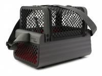 Certifikovaný BOX 4pets Penthouse Montreal pro přepravu malých psů v autě s unikátním dokovacím systémem a vyjímatelnou schránkou. Certifikace TÜV + crash testy, splňuje standardy IATA. (29)