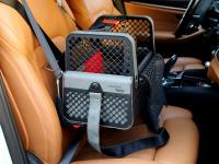 Certifikovaný BOX 4pets Penthouse Montreal pro přepravu malých psů v autě s unikátním dokovacím systémem a vyjímatelnou schránkou. Certifikace TÜV + crash testy, splňuje standardy IATA. (3)