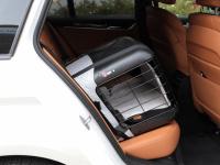 Certifikovaný BOX 4pets Caree pro přepravu malých a středních psů v autě je to nejlepší, co na našem trhu najdete. Certifikace TÜV + crash testy, příprava pro ISOFIX. (13)
