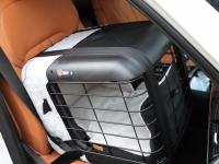Certifikovaný BOX 4pets Caree pro přepravu malých a středních psů v autě je to nejlepší, co na našem trhu najdete. Certifikace TÜV + crash testy, příprava pro ISOFIX. (10)