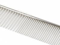 Kvalitní kovový hřeben pro psy vhodný na běžnou úpravu srsti od SHOW TECH. Hřeben má dvě poloviny s rozdílnou hustotou zubů, délka 19 cm. (4)