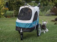 Kočárek pro psy s 38cm kolečky a nosností až 30 kg. Rozměry kabiny 72 × 45 × 60 cm, možnost připevnění upravovacího stolku. Barva modro-šedá. FOTO 3