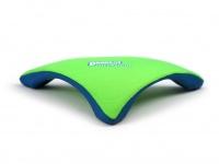 Létající talíř pro psy se speciálním prohnutým tvarem, díky kterému pomalu nabírá výšku (zelený 3)