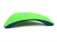 Létající talíř pro psy se speciálním prohnutým tvarem, díky kterému pomalu nabírá výšku (zelený 4)