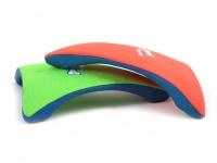 Létající talíř pro psy se speciálním prohnutým tvarem, díky kterému pomalu nabírá výšku (zelený 5)