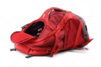 Luxusní a špičkově zpracovaný batoh na psa s nosností až 11 kg. Pevné skořepinové dno, odvětrávaný zádový panel, hrudní a bederní pásy pro ideální rozložení váhy. Barva šedo-červená. (20)