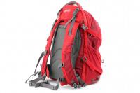 Luxusní a špičkově zpracovaný batoh na psa s nosností až 11 kg. Pevné skořepinové dno, odvětrávaný zádový panel, hrudní a bederní pásy pro ideální rozložení váhy. Barva šedo-červená. (6)