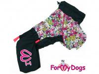 Obleček pro fenky malých až středních plemen – komfortní a funkční pláštěnka COLOR FLOWERS od For My Dogs. Zapínání na zip na zádech, hedvábná podšívka, reflexní prvky.