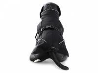 Obleček pro psy i fenky – zimní bunda BRIZON BLACK z voduodpuzujícího a větruodolného materiálu. Bunda má prodyšnou membránu a plyšovou podšívku. Snadné zapínání na sponu, barva černá. (3)
