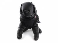 Obleček pro psy i fenky – zimní bunda BRIZON BLACK z voduodpuzujícího a větruodolného materiálu. Bunda má prodyšnou membránu a plyšovou podšívku. Snadné zapínání na sponu, barva černá. (5)