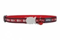 Červený obojek pro kočky z kvalitního nylonu s bezpečnostní plastovou sponou Fish Clip. Pro kočky s obvodem krku 20–32 cm, šířka obojku 12 mm.