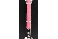 Luxusní kožený obojek pro kočky BOBBY – růžový s reflexními prvky. Místo na vepsání adresy, klasické zapínání s bezpečnostní gumou, univerzální velikost (2).