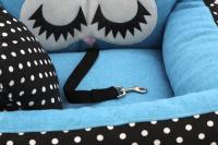 Modrá autosedačka pro psy – pelíšek pro pohodlné cestování a ochranu autosedadel před psími chlupy, nečistotami a poškozením. (10)