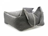 Šedá autosedačka pro psy – pelíšek pro pohodlné cestování a ochranu autosedadel před psími chlupy, nečistotami a poškozením. (4)
