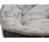 Měkoučký pelíšek pro psy malých a středních plemen z extra jemných materiálů vystlaný měkkou kožešinkou. (3)