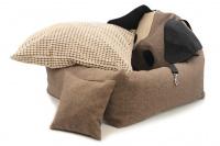 Autosedačka pro psy – pelíšek pro pohodlné cestování a ochranu autosedadel před psími chlupy, nečistotami a poškozením. Extra jednoduchá instalace, včetně polštářku. (2)