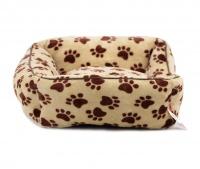Pelíšek pro psy od For My Dogs. Měkoučké bočnice, nadýchaný vyjímatelný polštář, celý pelíšek je vyrobený z plyšového flísu. Barva béžová. (4)