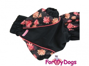 Obleček pro jezevčíky – pláštěnka pro fenky, černá s růžovým potiskem (detail)