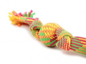 Jednoduchá kousací a přetahovací hračka vhodná pro malá a střední plemena psů (3)