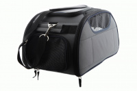 Příruční taška na psy do letadla schválená většinou leteckých společností. Polstrovaný pás pro nošení přes rameno, tvar držící materiál EVO, rozměry 45 × 27 × 25 cm. (5)