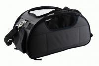 Příruční taška na psy do letadla schválená většinou leteckých společností. Polstrovaný pás pro nošení přes rameno, tvar držící materiál EVO, rozměry 45 × 27 × 25 cm. (7)