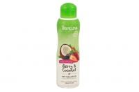 100% přírodní šampon pro psy s kokosem a vůní lesních plodů. Přirozeně hydratuje a čistí srst a zanechává ji hebkou, měkkou a provoněnou (3).