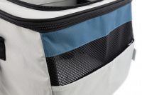 Luxusní box-taška na psa k připevnění na řídítka. Pevná stabilní konstrukce, jednoduché uchycení pomocí nylonových popruhů, vpředu kapsa na zip, možnost přenášení přes rameno. Maximální nosnost 10 kg, rozměry 40 × 25 × 30 cm. (13)