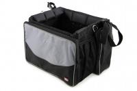 Přepravní box-taška na psa k připevnění na řídítka. Vyztužený rám, měkké polstrování, reflexní prvky, kapsy na zip, možnost přenášení přes rameno. Nosnost 7 kg, rozměry 41 × 26 × 26 cm. (2)