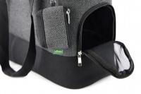 Luxusní taška na psy v praktickém designu a precizním provedení od HUNTER. Tři síťované strany, vyjímatelná podložka, bezpečnostní poutko s karabinou. Nosnost 8 kg. (6)