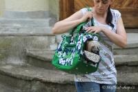 FOTO – Luxusní prostorná kabelka/taška na psy z kolekce Urban Pup, řada ORCHID. Doporučená maximální váha psa 8 kg.