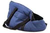 Taška na psy od BOBBY z měkkého a příjemného materiálu vhodná pro štěňata, jorkšíry, čivavy apod. Nosnost 5 kg, barva modrá.