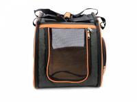 Prostorná transportní taška na psy CAMON s odnímatelnými kolečky a výsuvným madlem. Nosnost 13 kg, lze nosit samostatně, rozměry 53 × 31 × 31 cm. (10)