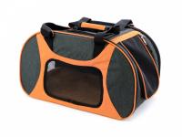 Prostorná transportní taška na psy CAMON s odnímatelnými kolečky a výsuvným madlem. Nosnost 13 kg, lze nosit samostatně, rozměry 53 × 31 × 31 cm. (11)