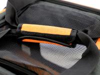 Prostorná transportní taška na psy CAMON s odnímatelnými kolečky a výsuvným madlem. Nosnost 13 kg, lze nosit samostatně, rozměry 53 × 31 × 31 cm. (23)