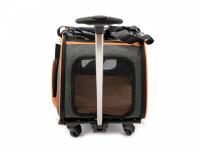 Prostorná transportní taška na psy CAMON s odnímatelnými kolečky a výsuvným madlem. Nosnost 13 kg, lze nosit samostatně, rozměry 53 × 31 × 31 cm. (6)