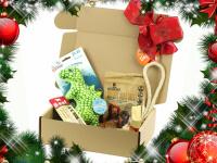 Vánoční box pro psy s vybranými pamlsky a hned dvěma hračkami dle vlastního výběru. Kompletně připravený vánoční dárek – včetně sváteční mašle. (7)