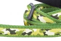 Zelené vodítko pro psy od RD. Měkký polstrovaný úchop, snadné nastavení délky od 1 do 1,8 m, výměnná karabina. Vzor Camouflage Green (3).