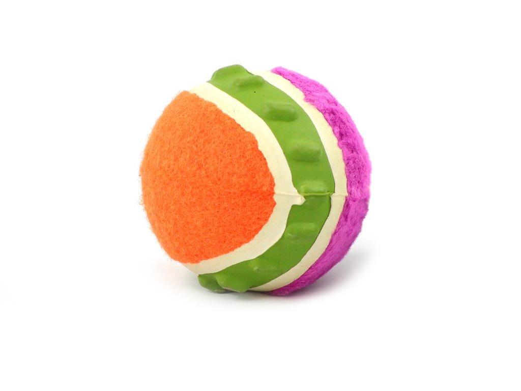 Jedinečný míček ze třech různých materiálů, který píská. Gumový, plyšový a tenisový míček v jednom