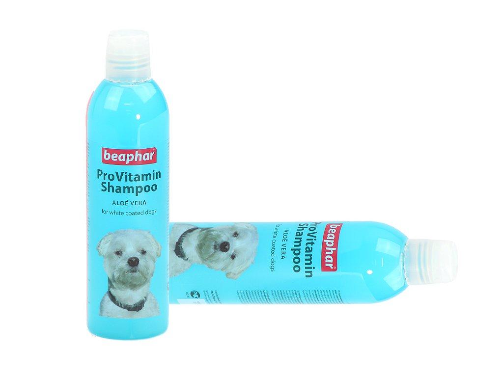 Šampón pro psy BEAPHAR s aloe vera speciálně vyvinutý pro bílé psy, který aktivuje přirozenou pigmentaci srsti. Objem 250 ml.